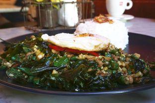 Foto 2 - Makanan(Chicken & Basil(75k)) di Bo & Bun Asian Eatery oleh Elvira Sutanto