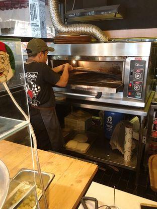 Foto 7 - Interior di Sliced Pizzeria oleh Prido ZH