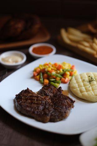 Foto 4 - Makanan di GRIND & BREW oleh Novi Ps