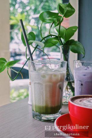 Foto 5 - Makanan(Green Tea Latte) di PLUIE Cafe & Resto oleh Shella Anastasia