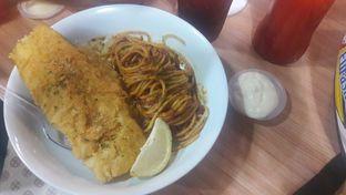 Foto 1 - Makanan di Fish Streat oleh Dzuhrisyah Achadiah Yuniestiaty