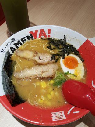 Foto 6 - Makanan di RamenYA oleh Stallone Tjia (Instagram: @Stallonation)