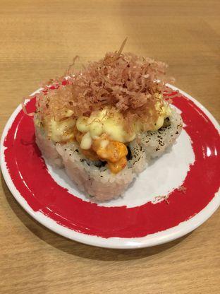 Foto 1 - Makanan(Dynamite Spicy Salmon) di Genki Sushi oleh Elvira Sutanto