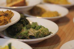 Foto 6 - Makanan di Restoran Sederhana SA oleh thehandsofcuisine