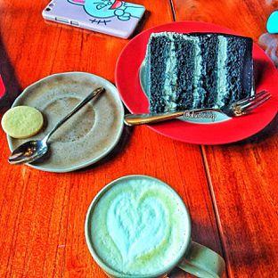 Foto 37 - Makanan di Convivium oleh duocicip