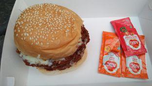 Foto 5 - Makanan di Biang Burger oleh Review Dika & Opik (@go2dika)