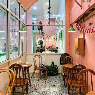 Foto 7 - Interior di Lazy Boss oleh Della Ayu