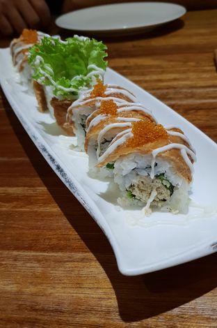 Foto - Makanan(Tuna salad inari sushi) di Kiyadon Sushi oleh Pengembara Rasa