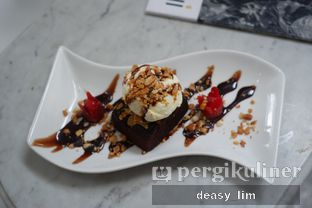 Foto review Intro Jazz Bistro & Cafe oleh Deasy Lim 20