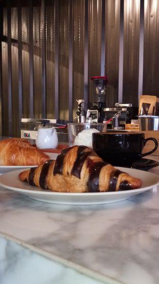 Foto 6 - Interior di Kalibre Koffie oleh Chris Chan