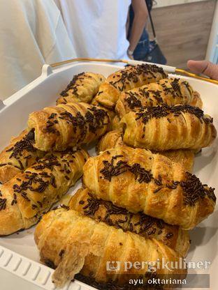Foto review Bolen Lilit oleh a bogus foodie  1
