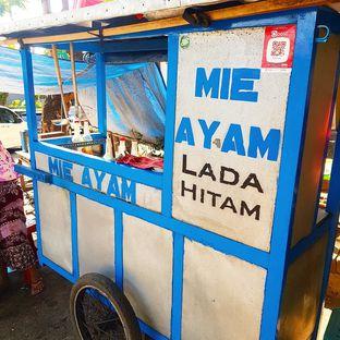 Foto 2 - Eksterior di Mie Ayam Lada Hitam oleh denise elysia
