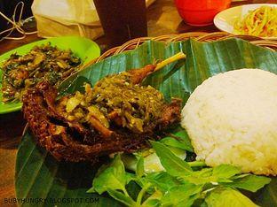 Foto 1 - Makanan(Bebek Cabe Ijo) di Bebek Kaleyo oleh Buby Sofia