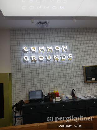 Foto 3 - Interior di Common Grounds oleh William Wilz