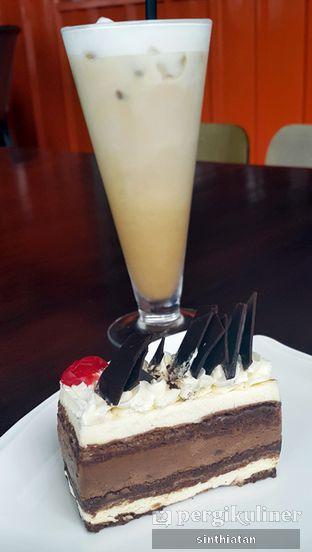 Foto 1 - Makanan di Coffeedential Roastery & Dessert oleh Miss NomNom