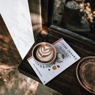 Foto 1 - Makanan di But First Coffee oleh Della Ayu