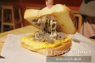 Foto 2 - Makanan(Bulgogi Beef Toast) di Tteokntalk oleh @bellystories (Indra Nurhafidh)