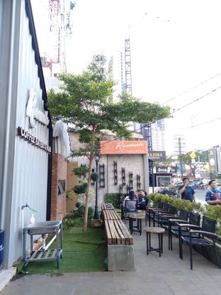 Foto review Roemah Coffee Eatery & Hub oleh yukjalanjajan  9