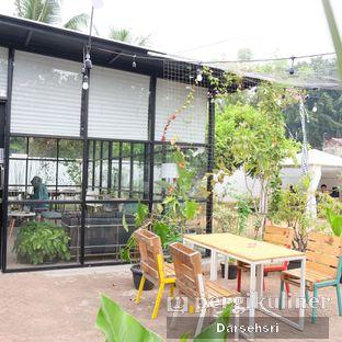 Foto 7 - Eksterior di Semusim Coffee Garden oleh Darsehsri Handayani
