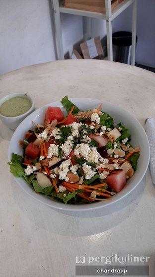 Foto 6 - Makanan di Serasa Salad Bar oleh chandra dwiprastio