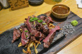 Foto 1 - Makanan di Hokkaido Izakaya oleh IG: biteorbye (Nisa & Nadya)