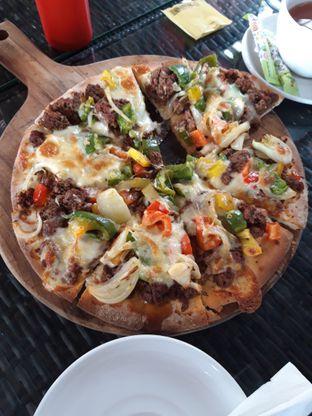 Foto review Edensor Cafe & Resto oleh Makan2 TV Food & Travel 1