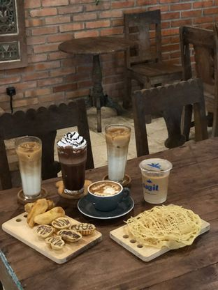 Foto 3 - Makanan di Ragil Coffee & Roastery oleh feedthecat