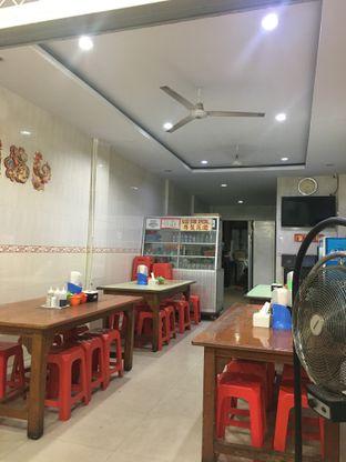Foto 4 - Interior di Bakmi Gang Mangga oleh Nanakoot