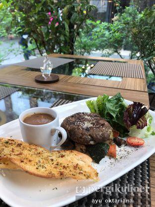 Foto 1 - Makanan di Thee Huis oleh a bogus foodie