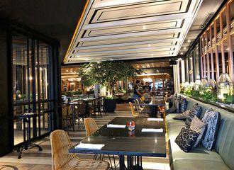 6 Restoran Unik di Jakarta yang Wajib Dikunjungi