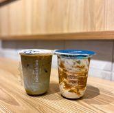 Foto Kamo Latte dan Es Matcha Latte di Kopi Konnichiwa