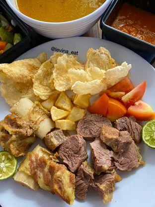 Foto 5 - Makanan di Soto Betawi Roemahan oleh Levina JV (IG : levina_eat )
