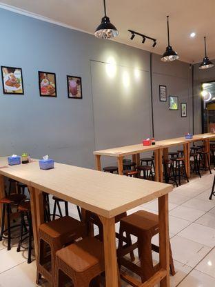 Foto 5 - Interior di Mamadar Ayam Kaser oleh Doctor Foodie