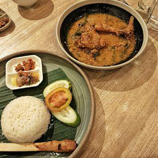 Foto 5 - Makanan(nasi ayam betutu) di Taliwang Bali oleh duocicip