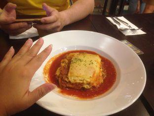 Foto 2 - Makanan(Lasagna) di Eataly Resto Cafe & Bar oleh Komentator Isenk