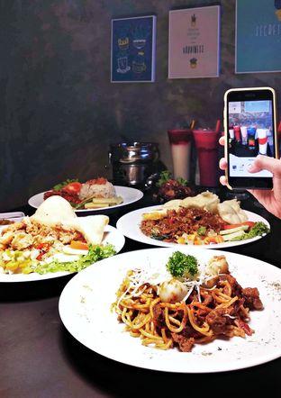 Foto review Tatap Moeka oleh Ika Nurhayati 1