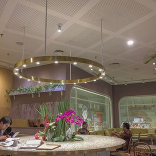 Foto 6 - Interior di Joe & Dough oleh ty