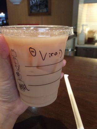 Foto - Makanan(Vanilla Black Tea Latte) di Starbucks Reserve oleh Elvira Sutanto