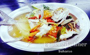 Foto 1 - Makanan(Ikan bawal jepang stim tio ciu /Live) di Seafood Station oleh Suharso