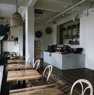 Foto 9 - Interior di La Boheme - Hotel La Boheme oleh Della Ayu
