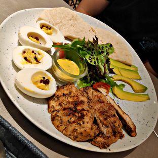 Foto 1 - Makanan(Grilled Chicken Breast) di Beatrice Quarters oleh Nathania Kusuma