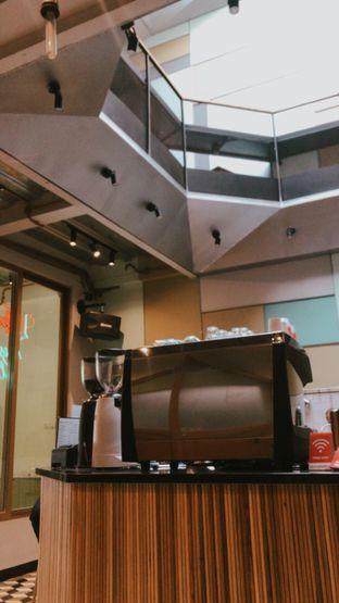 Foto 3 - Interior di New Lareine Coffee oleh Nyayu Ista Yulita
