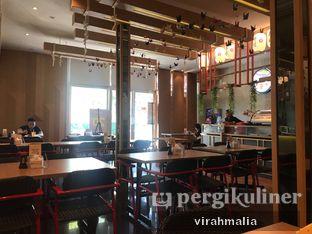 Foto 3 - Interior di Peco Peco Sushi oleh Delavira