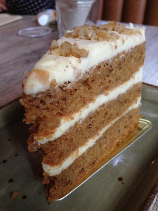 Foto 4 - Makanan(Carrot Cake) di Sudestada oleh awakmutukangmakan
