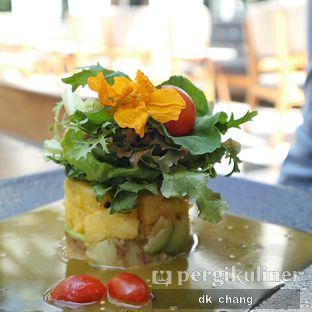 Foto 3 - Makanan(Pineapple Salad) di Saka Bistro & Bar oleh dk_chang