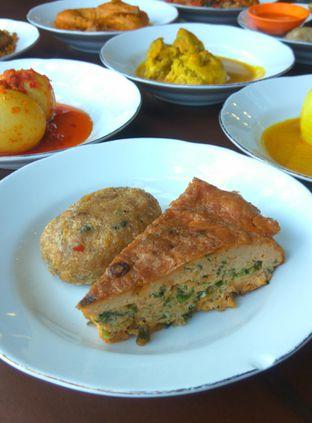 Foto 3 - Makanan(telor dadar) di Sepiring Padang oleh Renodaneswara @caesarinodswr