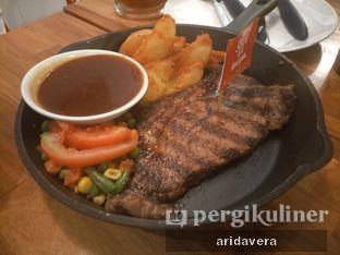 Foto 3 - Makanan di Steak Hotel by Holycow! oleh Vera Arida