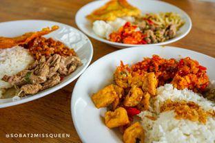 Foto 2 - Makanan di Warung Nako oleh Olivia Olen