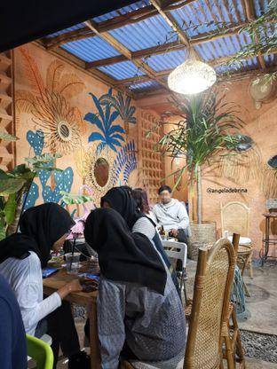 Foto 4 - Interior di Tropikal Coffee oleh Angela Debrina