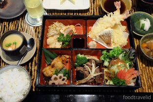 Foto 5 - Makanan(Miyama bento) di Miyama - Hotel Borobudur oleh IG : FOODTRAVELID